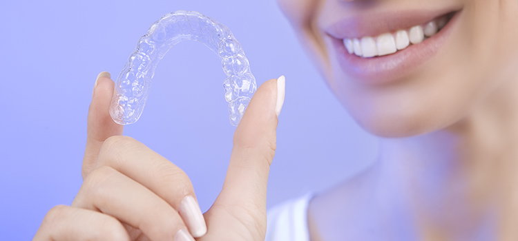 can I use my whitening trays as a night guard
